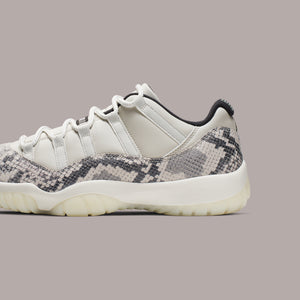 Nike GS Air Jordan 11 Retro Low LE - Light Bone / Smoke Grey / Black