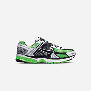 Nike Zoom Vomero 5 SE SP - Electric Green / Black / White / Sail