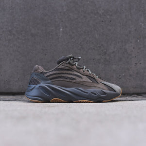 adidas Yeezy Boost 700 V2 - Geode
