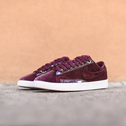 Nike WMNS Blazer Low LX - Burgundy Crush / Burgundy Ash / White
