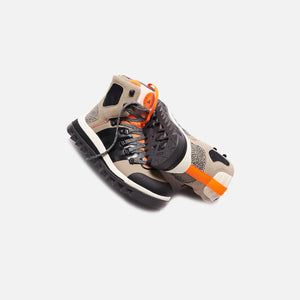 adidas by Stella McCartney Eulampis Boot - Black / Solar Orange Image 2