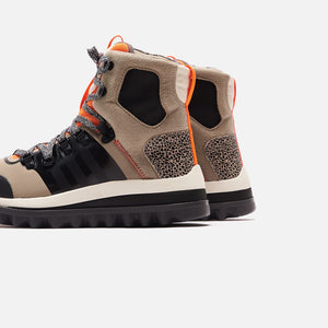 adidas by Stella McCartney Eulampis Boot - Black / Solar Orange Image 5