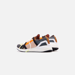 adidas by Stella McCartney UltraBoost 20 - Orange / Black / Gold Image 4