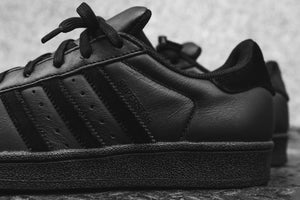 adidas Originals Junior Superstar - Black / White Image 4