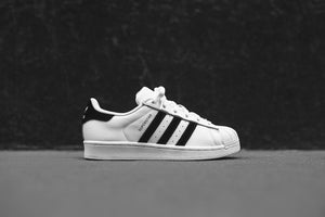 adidas Originals Junior Superstar - White / Black Image 1
