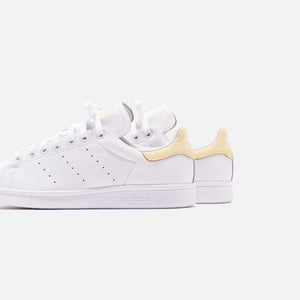 adidas Originals Stan Smith - White / Easy Yellow Image 5