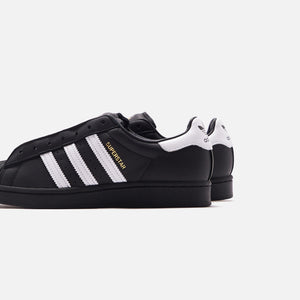adidas Superstar Laceless - Black / White