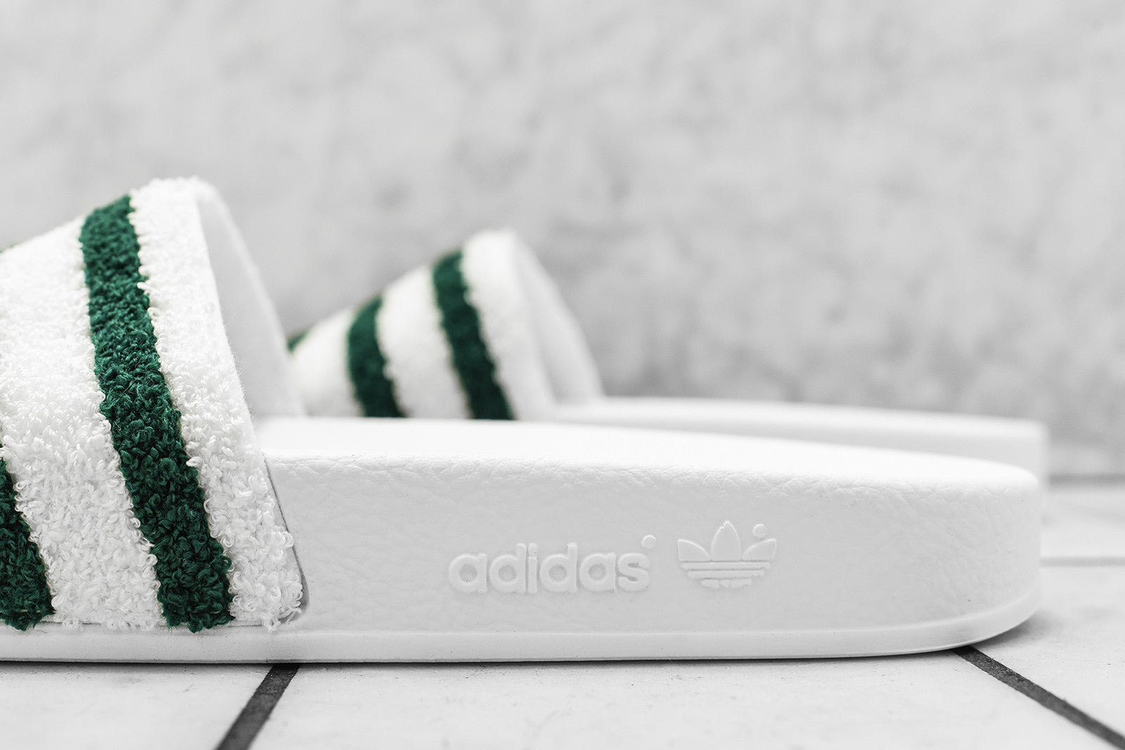 adidas Originals Adilette Slide - White
