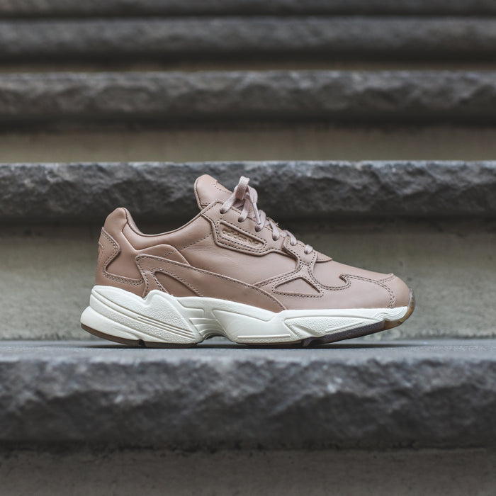 adidas Originals WMNS Falcon - Ash Pearl / Off White