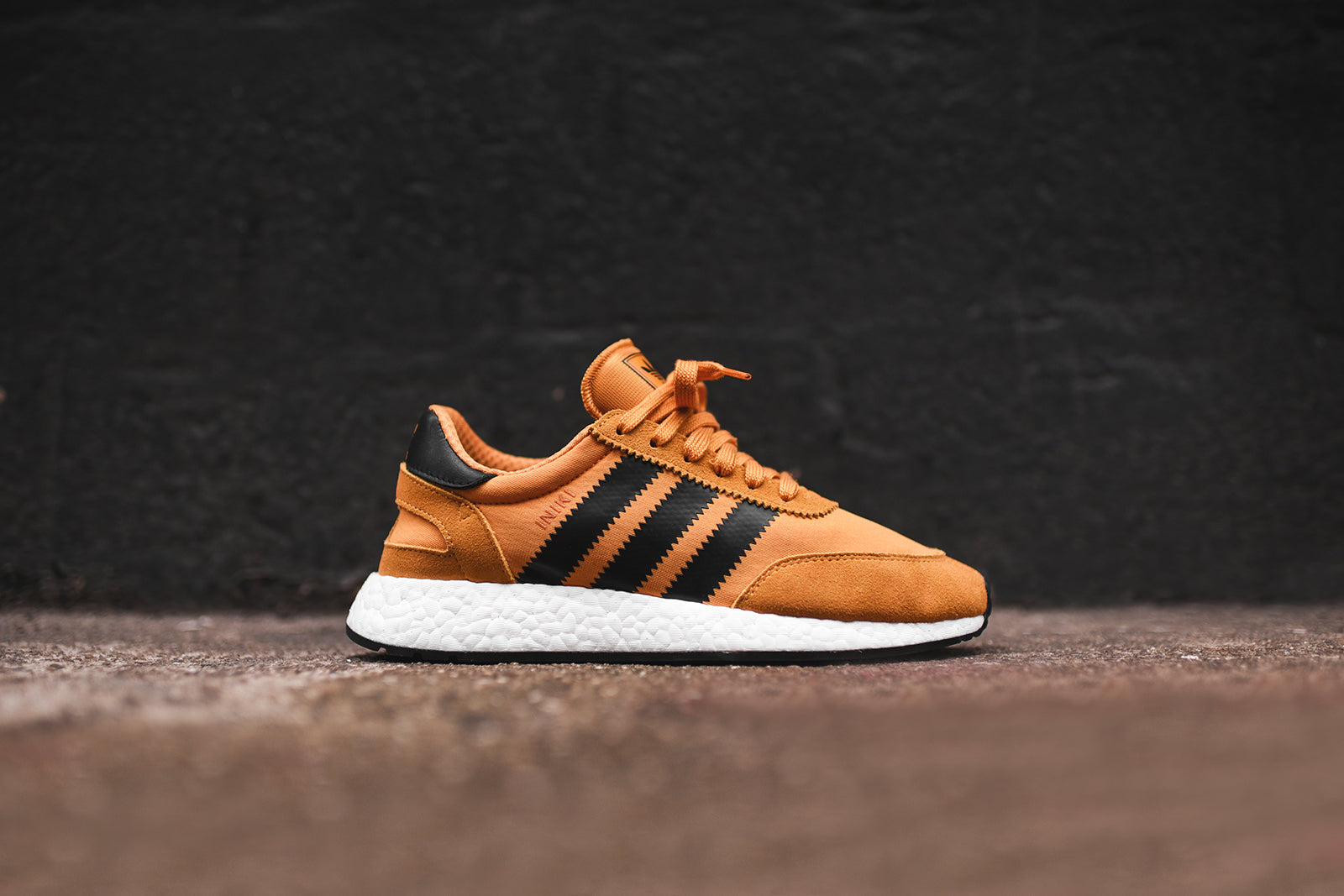 adidas Originals Iniki Runner - Gold / Black / White