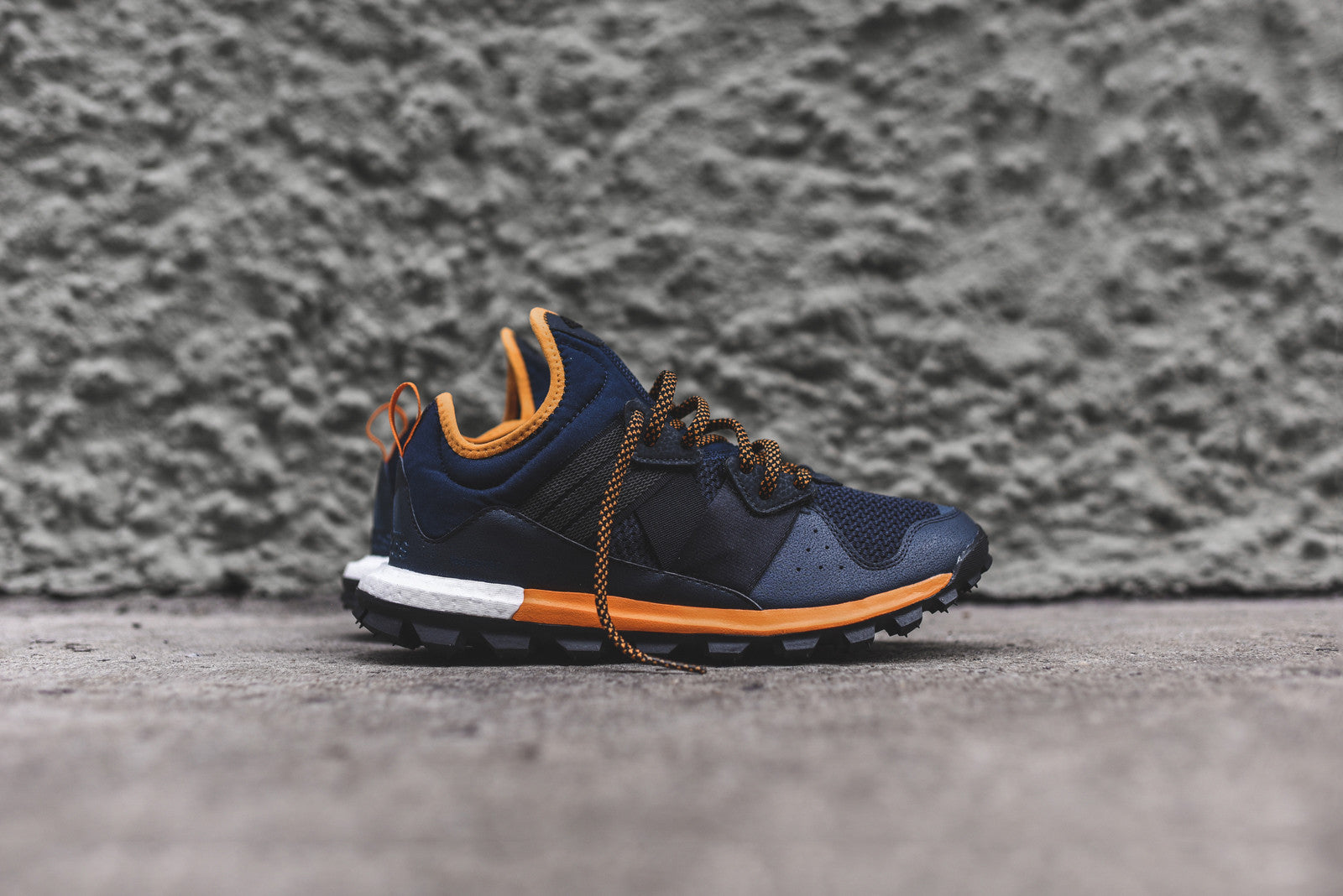 adidas Response Trail Boost - Navy / Orange