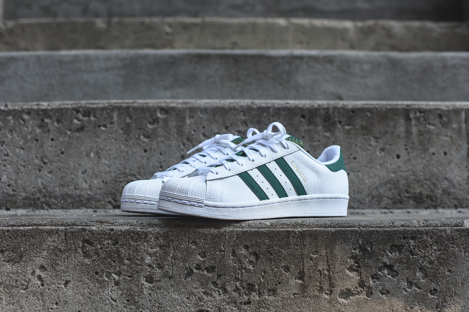 adidas Originals Superstar - White / Green