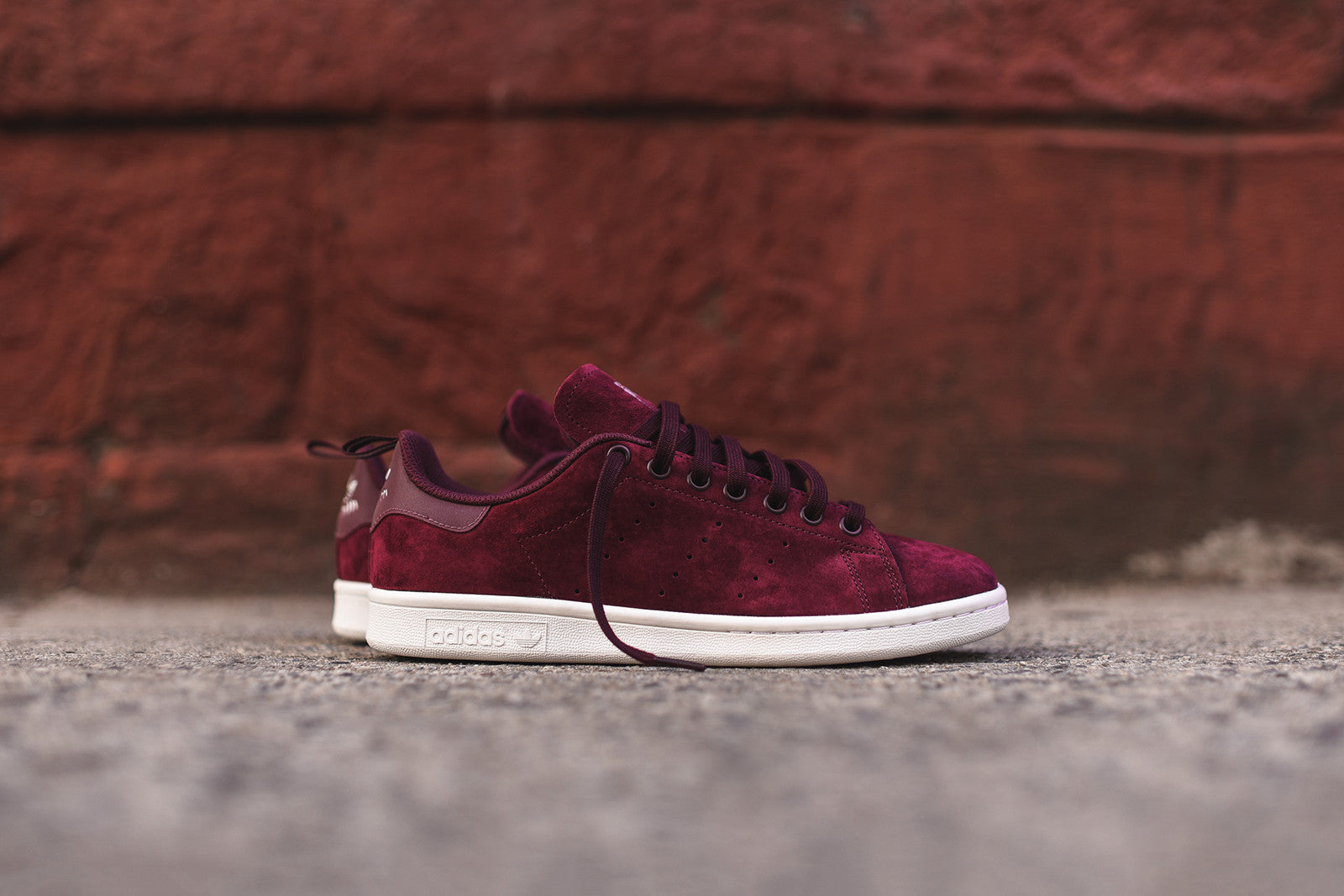 separation shoes 80d96 c9940 adidas stan smith maroon suede