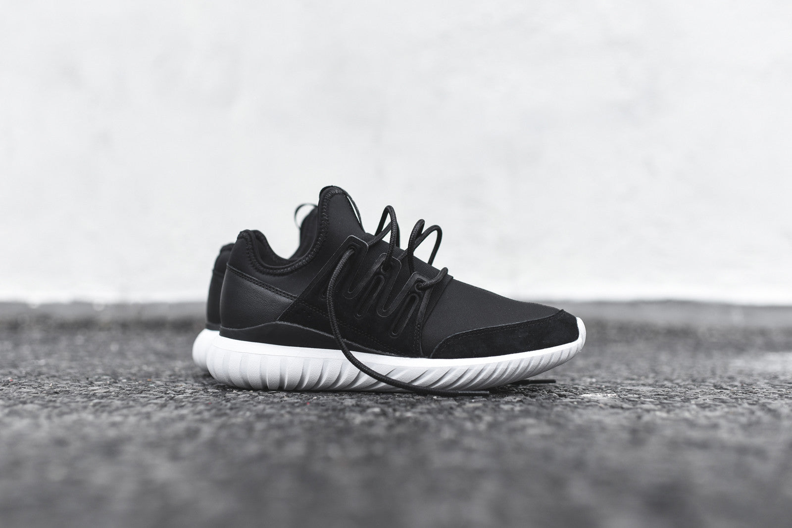 Adidas Men 's Tubular Shadow Knit Originals Running