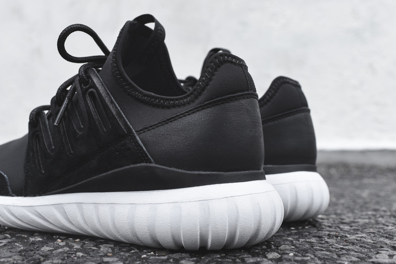 Adidas Tubular Radial Black And Red