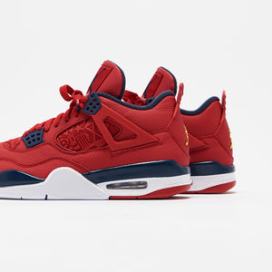 Nike Air Jordan 4 Retro SE - University Red / Obsidian / White / Metallic Gold Image 5