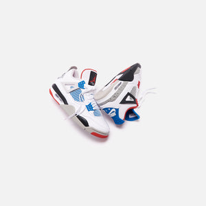 Nike Air Jordan 4 Retro SE - White / Military Blue / Fire Red / Tech Grey