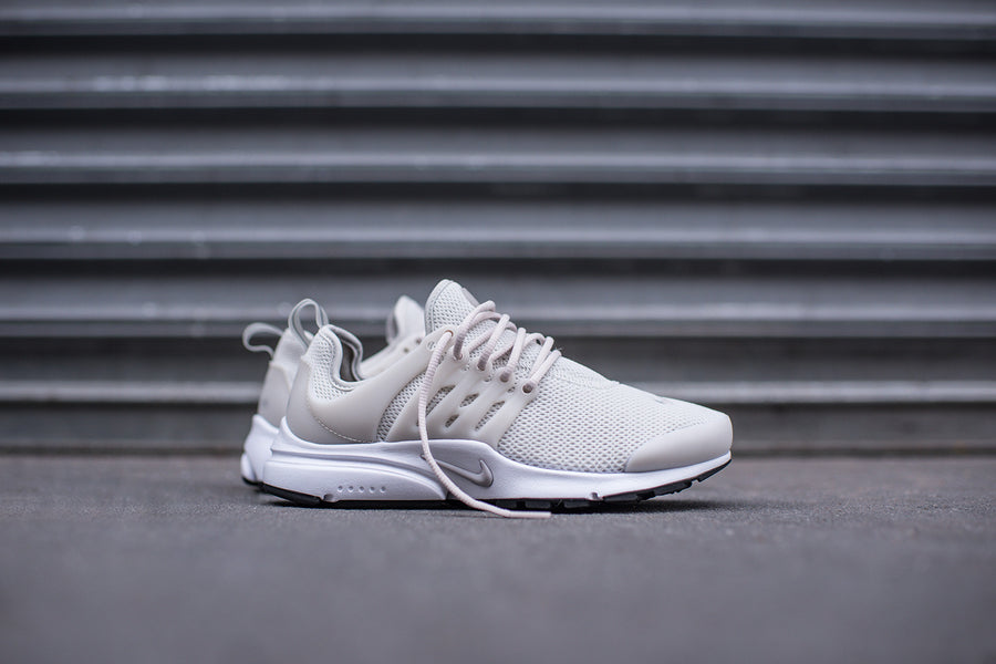Nike WMNS Air Presto - Light Bone