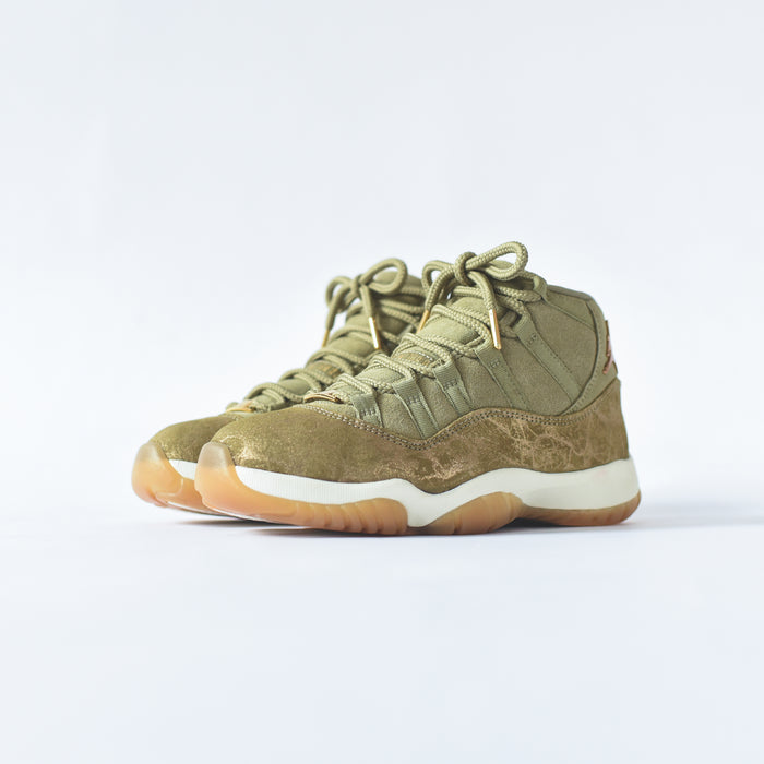 Nike WMNS Air Jordan 11 Retro - Neutral Olive / MTLC Stout / Sail