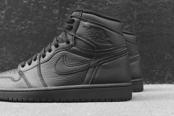 Nike GS Air Jordan 1 - Triple Black