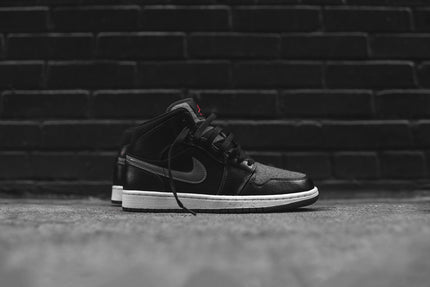 Nike Air Jordan 1 Mid PRM - Black / Grey