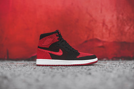 Nike GS Air Jordan 1 Retro High Flyknit - Black / Varsity Red
