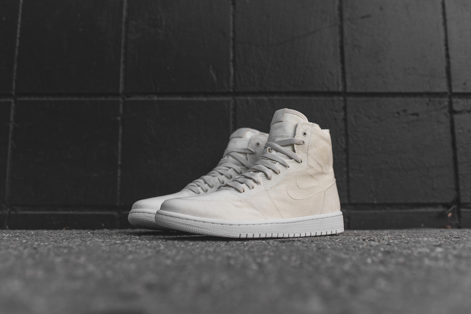 Nike Air Jordan 1 Retro High Decon - Parchment