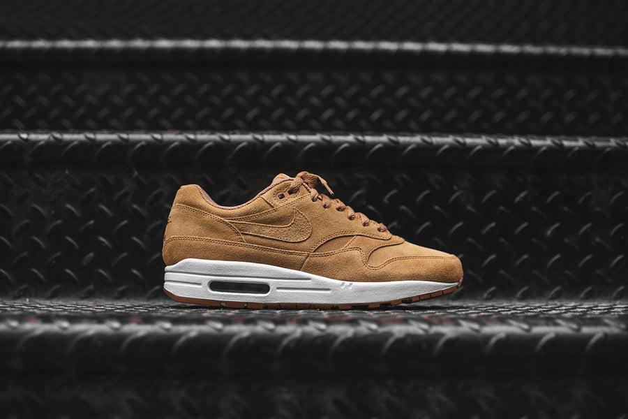 Nike Air Max 1 PRM - Flax / White