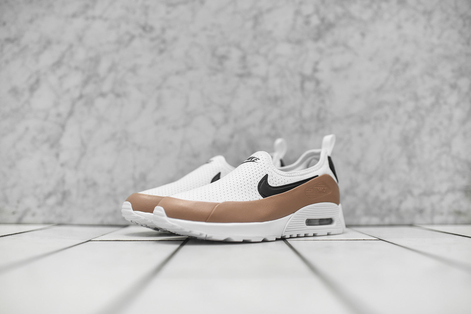 Nike WMNS Air Max 90 Ultra EZ - White / Khaki