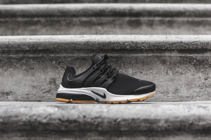 Nike WMNS Air Presto - Black / White