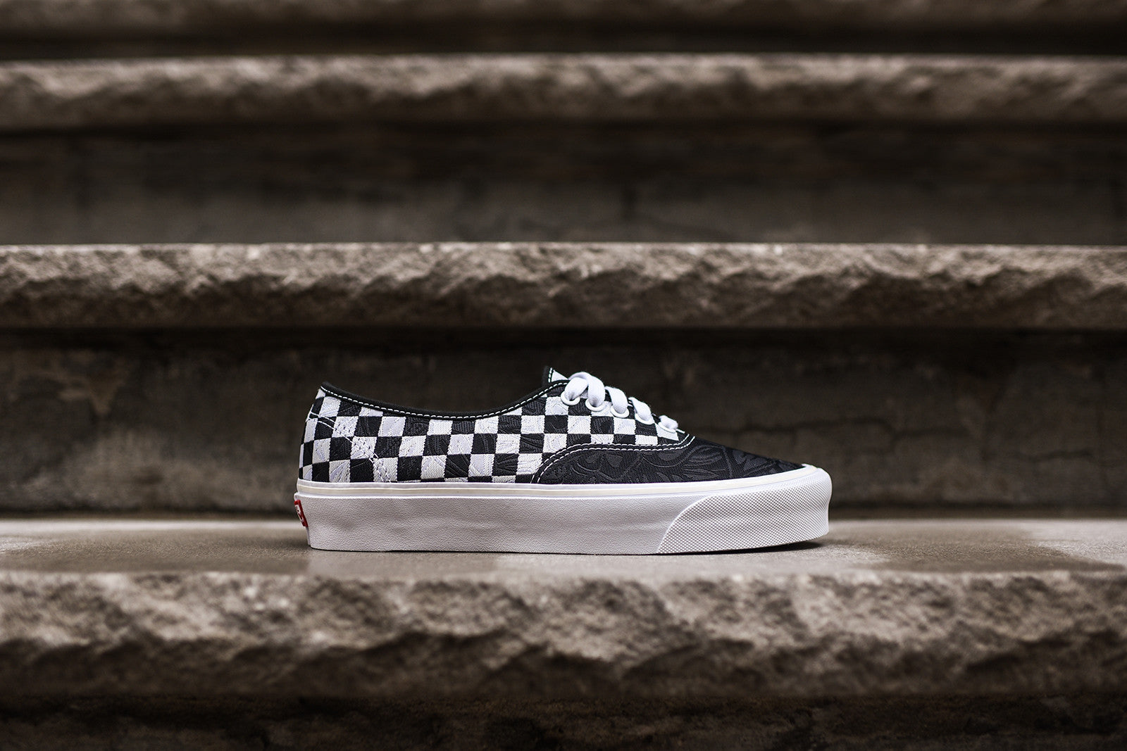 3aa84e5de1 Vans Vault Authentic - Black   Check – Kith