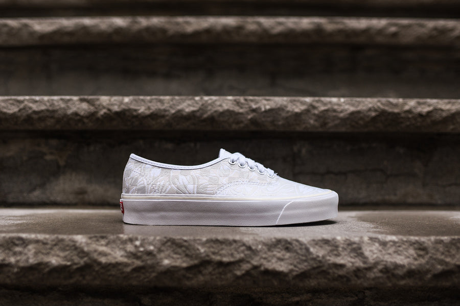Vans Vault Authentic - White