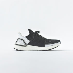 adidas UltraBoost 19 - Core Black / Grey Six / Grey Four