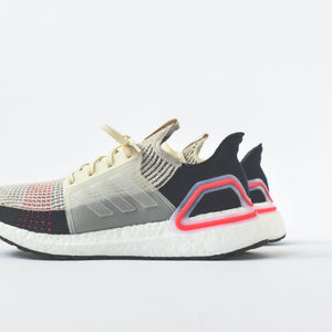timeless design f00ce 73ffd adidas UltraBoost 19 - Decode Clear Brown  White  Shock Red