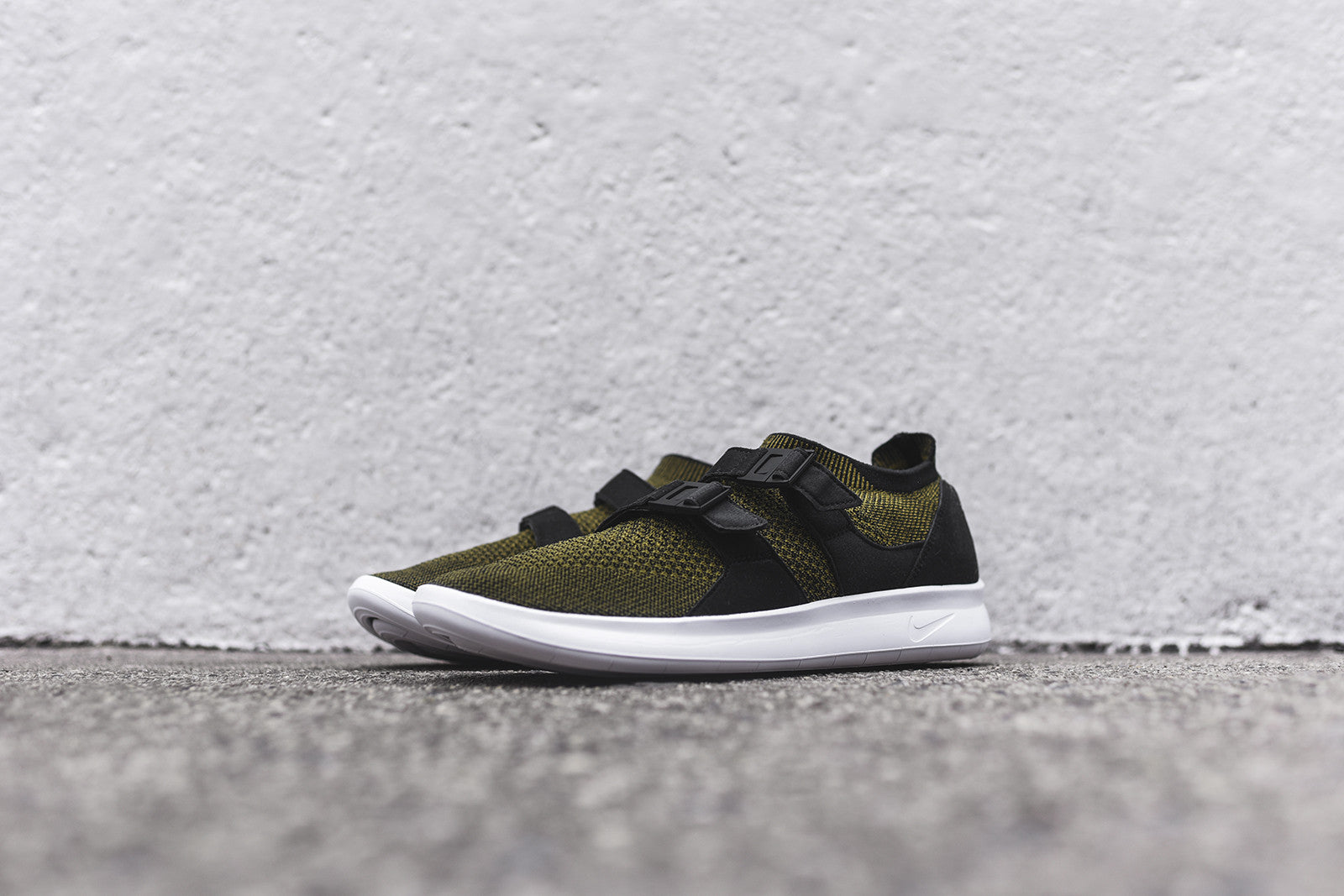 Nike Air Sock Racer Ultra FK - Olive / Black