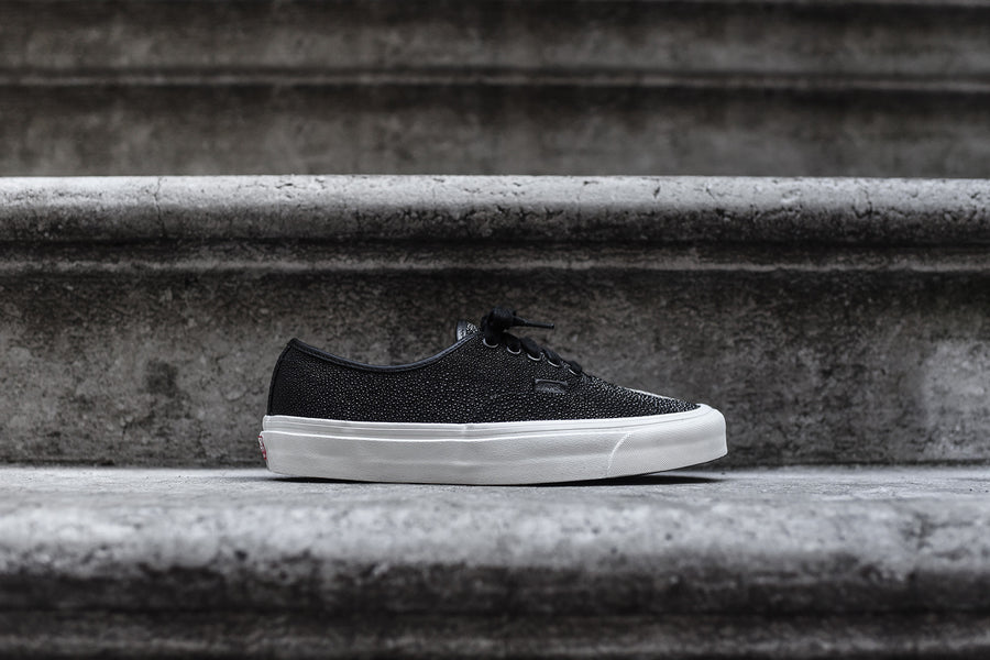 Vans Vault Authentic OG LX Sting Ray - Black