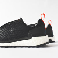 adidas by Stella McCartney Supernova Trail - Black / White / Energy Thumbnail 1
