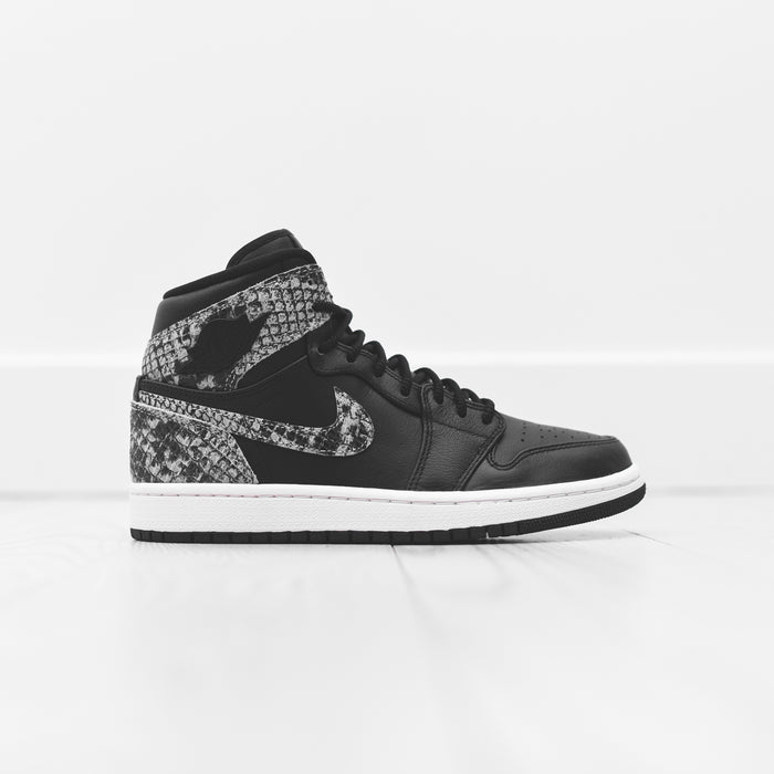Nike WMNS Air Jordan 1 Retro High Premium - Black