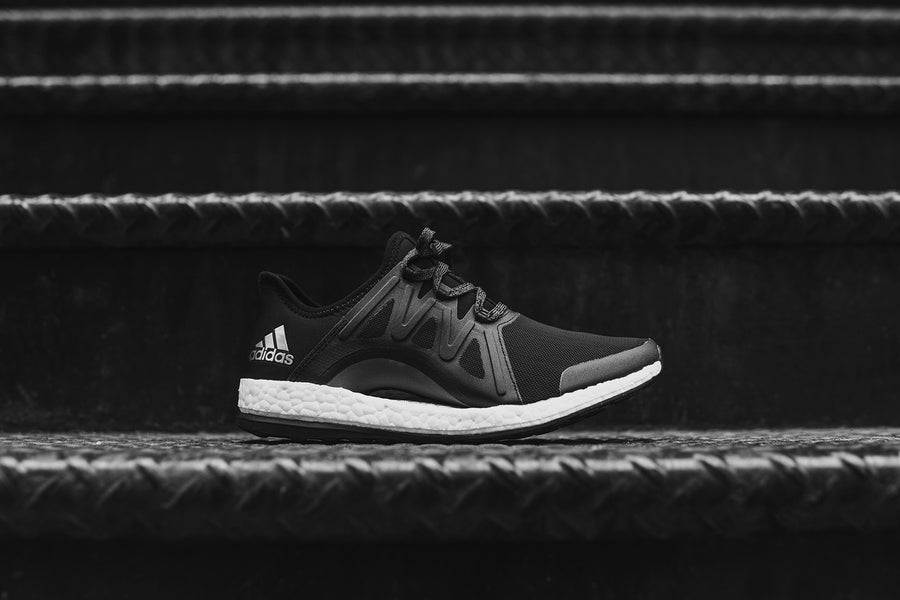 adidas Originals WMNS PureBoost - Black