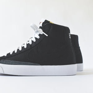 86790ccccf6de Nike Blazer Mid  77 Vintage WE - Black   White