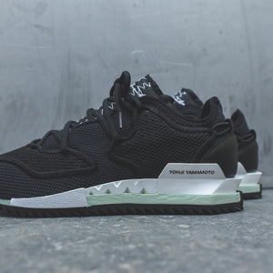 Y-3 Harigane II - Core Black / White