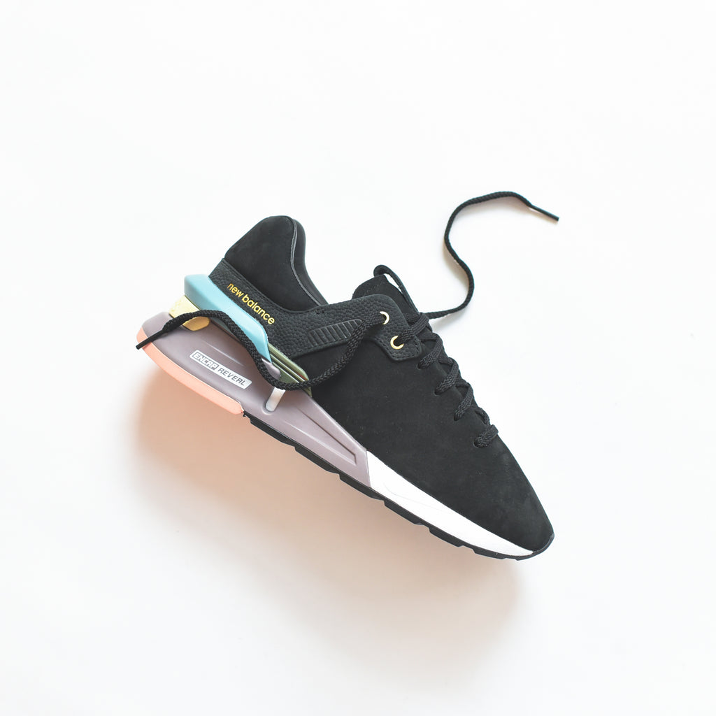 low priced 2977e fb146 New Balance by Tokyo Design Studio 997 Sport - Black