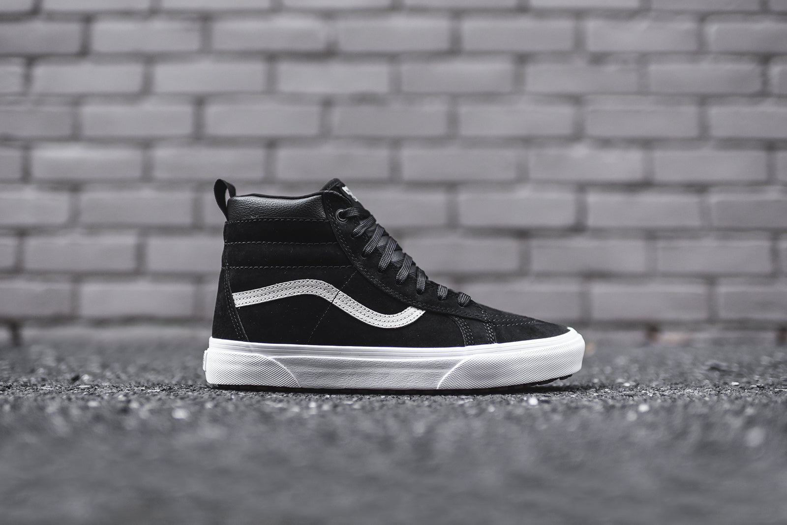 Vans Sk8-Hi MTE - Black / Cream / White