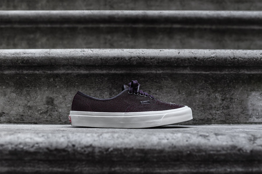 Vans Vault Authentic OG LX Sting Ray - Burgundy