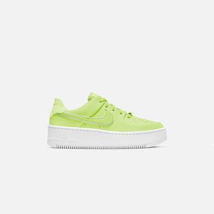 Nike WMNS Air Force 1 Sage Low - Barely Volt