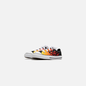 Converse Pre-School Chuck Taylor All Star Archive Flame Ox - Black / Enamel Red / Fresh Yellow Image 2