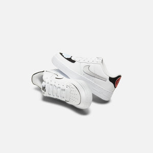 Nike Grade School Air Force 1/1 - White / Black Image 2