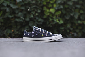 Converse WMNS Chuck Taylor All Star Low OX Denim - Kith