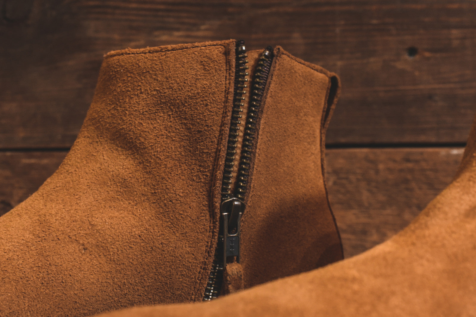 Caminando Side Zip Chelsea Boot - Brown
