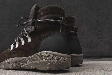 Casbia Daze High Top Runner - Brown